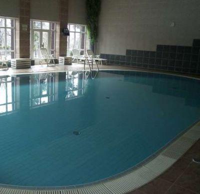 Bazén v hoteli Hrádok