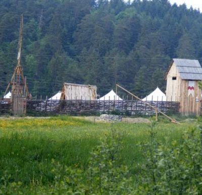 Stredoveký vojenský tábor